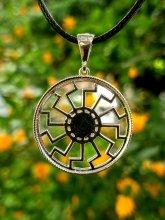 Черното слънце - медальон